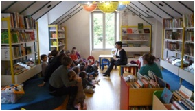 Lecture à la bibliothèque municipale d'audincourt